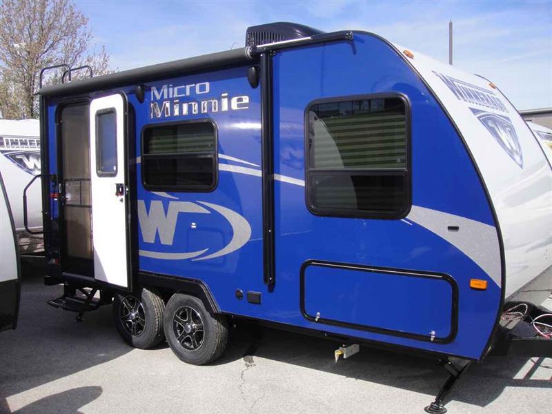 Campers For Sale Near Me >> 2017 Winnebago Micro Minnie 1706FB for sale, Joplin MO, Cylinder,Blue - edmondsun.autoconx.com ...